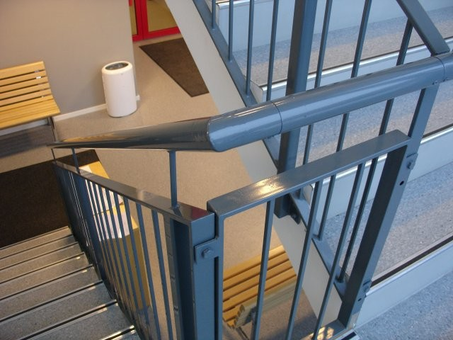 METAL STAIRS AND HANDRAILS