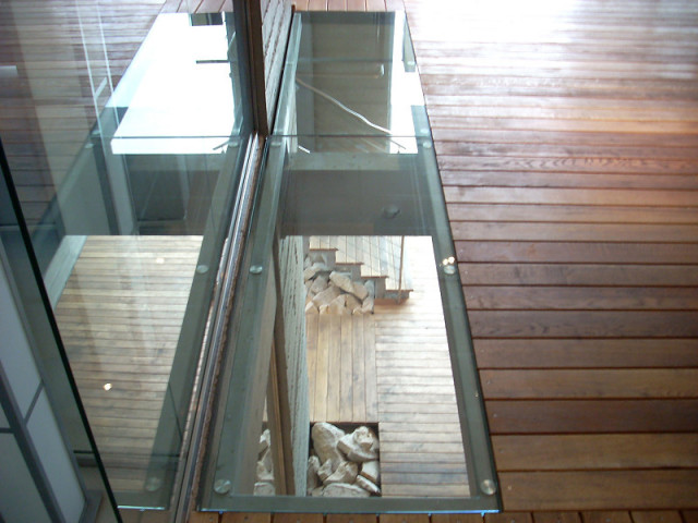 GLASS ROOFS, GLASS FLOOR